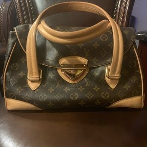 Iconic 💯 % Authentic Louis Vuitton bag